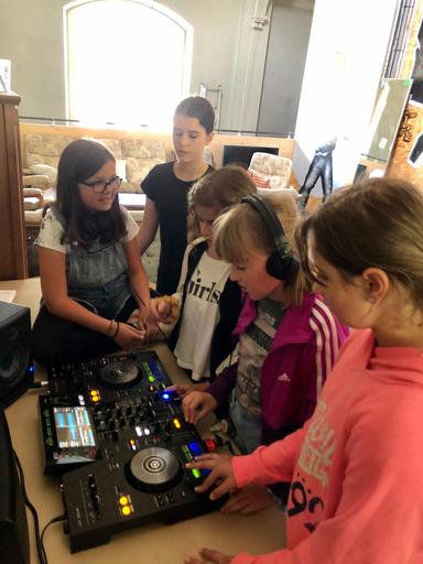 DJ Workshop für Mädchen